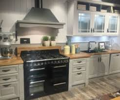 Image Horizontal Transparent Homedit Five Types Of Glass Kitchen Cabinets And Their Secrets