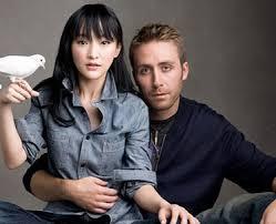 dating a white guy asian girl