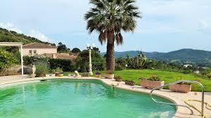 vente villa t7 bormes les mimosas villa avec double séjour 4 ch suite piscine et garage