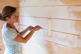 painting shiplap walls