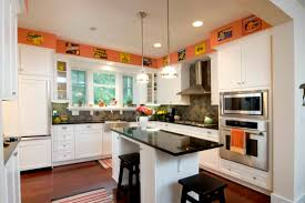 Bungalow-Kitchen-Island