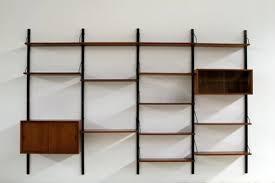 wall mounted shelving unit