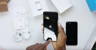 iphone 7 plus black unboxing. unboxing jet black iphone 7 plus