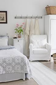 Best 25+ Shabby bedroom ideas on Pinterest | Shabby chic guest ...