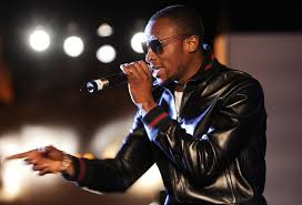 Golden Icons D' banj Genevieve, Fall in Love