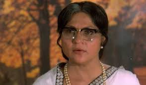 Late Actress Nirupa Roy, Whou0027s Played The Role Of Maa In A Number Of  Yesteryear Bollywood Movies, Has Her Real Life Sons Embroiled In A Dispute  Over Her ...