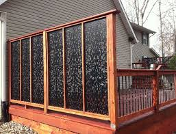Just cute - privacy panel - Eclectic Porch Deck Design, Pictures, Remodel,  Decor and Ideas - page 15 Be a good idea for a hot tub