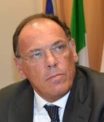 E' scontro all'arma bianca sulla Tirrenia e, in particolare, sul nuovo piano industriale che ha avuto il via libera dal Consiglio d'amministrazione della ... - image
