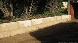 concrete blocks to look like limestone