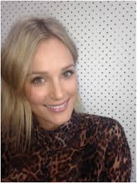 eve gunson is a melbourne based makeup artist and hair stylist she is a versatile artist who works across a range of areas focusing mainly on television