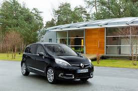 Renault Scenic and Grand Scenic MPVs Receive Second Facelift in a Year