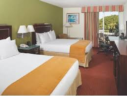 doubletree hotel palm beach gardens. Contemporary Hotel Queen Bed And Doubletree Hotel Palm Beach Gardens E