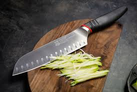 10 лучших наборов кухонных ножей. Рейтинг ТОП 10 лучших наборов кухонных ножей: материал, какой купить, цена, плюсы и минусы