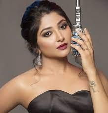 Bhoomi Trivedi Age, Boyfriend, Husband, Family, Biography & More »  StarsUnfolded