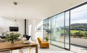 aluminium windows a er s guide