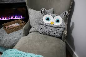 Crochet Owl Blanket Pattern Free Delectable This Hooded Owl Blanket Is Super Cute Crochet Pattern Available