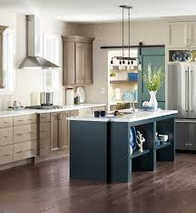 Two Toned Kitchens Are Being Upstaged By Three Toned Color Schemes