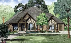 82162 b1200 jpg 1 200 718 pixels home decorating adorable eplans craftsman house plan