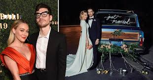 Hilary duff shows off her wedding dress for vogue vogue youtube. Hilary Duff Shares First Loved Up Picture From Low Key Wedding To Matthew Koma Flipboard