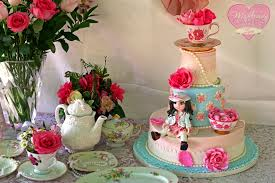 Decorating With Teacups And Saucers Hand painted Edible Teacup and Saucer Class McGreevy Cakes 46