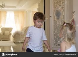 Vlasy A Další Věci Vývoj Dětí Malé Děti S Stylových účesů Malý