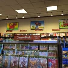Barnes & Noble Booksellers 13 s & 52 Reviews Bookstores