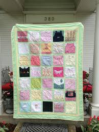 Another great idea for baby clothes quilt.   SEWING : Baby & Kiddo ... & Another great idea for baby clothes quilt. Adamdwight.com