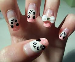 Nail Art Ideas: 20 Pics Of Awesome Panda And Penguin Manicures ...