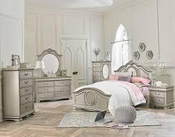 4-Pc. Full Bedroom Set