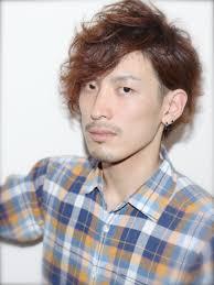 メンズレイヤーの人気ヘアスタイルおしゃれな髪型画像 Stylistd