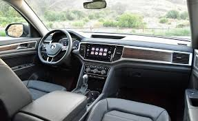 2018 volkswagen atlas interior. brilliant 2018 nydn_2018volkswagenatlasselpremiumblackinteriordashboard throughout 2018 volkswagen atlas interior
