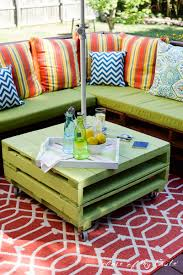 pallet outside furniture. View In Gallery Green Patio Furniture 15 Pieces Of Pallet To Spark Your Outside Spring Decorating A