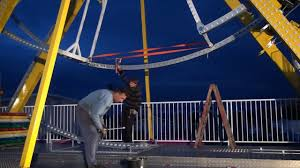 Set <b>up</b>/tear down video of the Ferris <b>Wheel NEW</b> DESIGN <b>2017</b> by ...