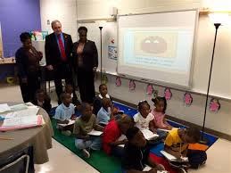 atlanta elementary school teacher 5 18 15 ga state school superintendent richard woods visits dobbs