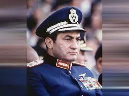 بعد وفاته .. أغاني مهداة إلى حسني مبارك