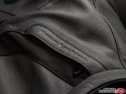 alpinestars brought back the removable quilted liner for the jaws jacket making it wearable in a variety of conditions