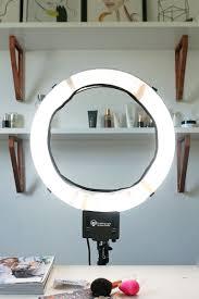 makeup light. get the best makeup light for selfies. check out diva ring super
