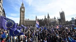 Image result for imagenes de manifestaciones contra el brexit
