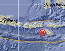 Gempa terjadi di kedalaman 68 km dan tak. Gempa Bumi Hari Ini M5 0 Guncang Sumba Ntt Bmkg Tidak Berpotensi Tsunami Bagian 1