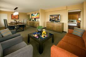 One Bedroom Suite Palms Tempe Lodging Tempe Mission Palms Hotel One Bedroom Suite