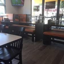 photo of round table pizza fresno ca united states so many tvs