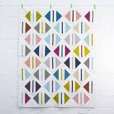 952 best MODERN QUILT PATTERNS images on Pinterest   Quilt block ... & Free Quilt Patterns, really cool site, 1 million free patterns! Adamdwight.com
