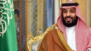 حفيد ملك وابن قائد.. وسم عبدالعزيز بن محمد بن سلمان يتصدر «تويتر»