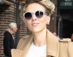 Grazia Nieuw Kapsel Scarlett Johansson Gaat Voor Rood