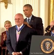 OrgulloHispano | Dr. Eduardo Padrón recibe Medalla de la Libertad |  Integrate News - Engaging Communities