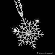 whole new snowflake diamond necklace european and american pop short pendant clavicle chain gift single diamond pendant necklace silver heart