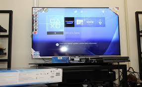 Fast forward to 10 years today, TCL is already slugging it out with big name TV brands like Samsung, Sony and LG their own OLED, 4K Curve TVs E5690 50-inch 4K2K UHD Smart - YugaTech | Philippines Tech