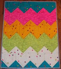 20+ Easy Chevron Quilt Patterns | FaveQuilts.com & Easiest Chevron Quilt Pattern Ever Adamdwight.com