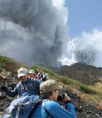 「2014年の御嶽山噴火」の画像検索結果
