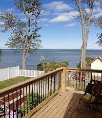 Lake geneva's favoritelake front resort. Cottages